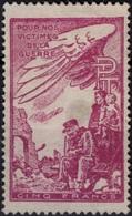 FRANCE Timbre De Bienfaisance P.T.T. 39 (sans Gomme) : Pour Nos Victimes De Guerre  Valeur Faciale 5 Francs (CV 3 €) - Erinnophilie