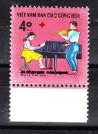 Vietnam  - 1990. Suonatori Al Piano E Al Violino.Piano And Violin Players, Whit  Red Cross Symbol. MNH - Musica