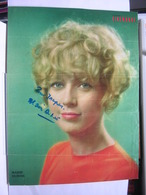 AUTOGRAPHE - DEDICACE - PHOTO DE MAGAZINE SIGNEE -  MARIE DUBOIS - ACTRICE - Autographes