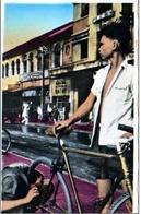 VIET NAM VIETNAM SAIGON   Réparateur De Bicyclettes En Plein Air. RIPARAZIONE BICI BICICLETTA N1950 HA7733 - Vietnam