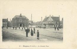 Etaples - La Grande Place ( Carte Précurseur ) - Etaples