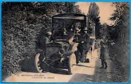 CPA 76 BERNEVAL-sur-MER - L'AUTO-CAR (immatriculé 6998 Y 8) Au Départ * Autocar Autobus - Berneval