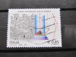 *ITALIA* USATI 2005 - ANNO MONDIALE FISICA - SASSONE 2813 - LUSSO/FIOR DI STAMPA - 6. 1946-.. Repubblica
