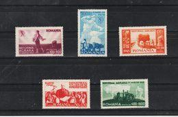 1946 - Reforme Agrare  Mi 974/978  MNH - 1918-1948 Ferdinand, Carol II. & Mihai I.