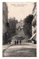 (41) 136, Blois, Grand Bazar 130, L'Escalier Monumental, Statue De Denis Papin - Blois
