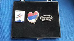 3 Pins Pin Badge Anstecknadel EUROVISION Song Contest Belgrade 2008 Serbia - Music