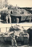 I46 - N° 36 - MILITARIA - Guerre D'Algérie - Un Soldat Français Pose Devant Un Char - Lot De 2 Photos - Guerre, Militaire