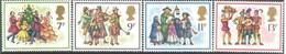 Timbres Neufs** De Grande Bretagne, N°876-9 Yt, Noël, Musiciens Chanteur, Danse Autour Du Sapin - Neufs