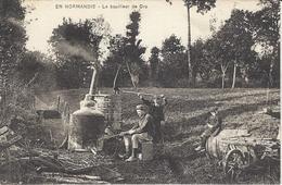 Le Bouilleur De Cru (en Normandie) - Marchands Ambulants