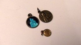 Lots De  3 Pendentifs Medaille Religieuse - Pendentifs