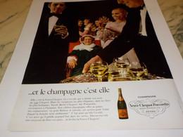 ANCIENNE PUBLICITE CHAMPAGNE VEUVE CLICQUOT PONSARDIN 1968 - Alcools
