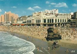 Biarritz Le Casino Et La Plage - Biarritz