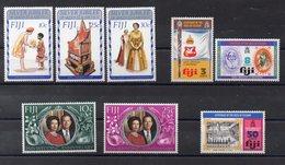 FIDJI  Timbres Neufs **  Années 70 ( Ref 6069 ) Famille Royale - Voir Descriptif - Fidji (1970-...)