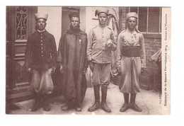 Guerre 1914 1918 Guerre Europeenne 1914 Groupe De Marocains Cachet Regiment Artillerie , Soldat Marocain - Guerra 1914-18