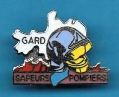 PIN'S //  ** SAPEURS POMPIERS / DU GARD ** . (EGF) - Pompieri