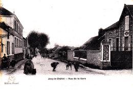 77 . Seine Et Marne .  Jouy Le Chatel : Rue De La Gare  . - Autres Communes