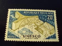 """1958    -timbre Oblitéré N°   1177   """"   Unesco 20f    """"        Net 0.15 - France"""