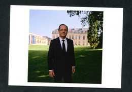 """CPM Non-postable Officielle 2012 """"François Hollande, Président De La République Française"""" Photo Raymond Depardon - Hommes Politiques & Militaires"""