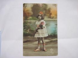 CPA   Petite Fille  Au Bouquet De Fleur TBE Flon 1078 - Enfants