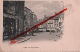 (Oise) Noyon - 60 - Précurseur : Place Cordouen (animée) Dos Simple (circulé 1902) - Noyon