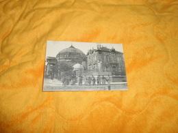 CARTE POSTALE  ANCIENNE CIRCULEE DE 1910. / COURBEVOIE.- L'EGLISE LE CARREFOUR SAINT PIERRE ET SAINT DENIS. CACHETS + TI - Courbevoie