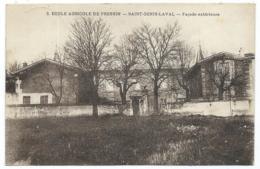 CPA ST SAINT GENIS LAVAL, ECOLE AGRICOLE DE PRESSIN, FACADE EXTERIEURE, RHONE 69 - Autres Communes