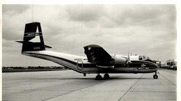 De Havilland Canada DHC-4 Caribou   ANSETT MAL  ESSENDON   20 * 12  Cm - Aviación