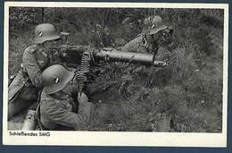 Allemagne - Wehrmachtsphoto - Schiesendes SMG - Guerre 1939-45