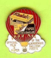 Pin's Montgolfière Kodak RARE - 2BB03 - Luchtballons