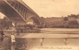 03 - LE VEURDRE - Baignade Sous Le Pont - Autres Communes