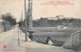 DROME  26  VALENCE  LA MONTEE DE CHABEUIL ET L'ECOLE SUPERIEURE DE GARCONS (ANCIEN PETIT SEMINAIRE) - Valence