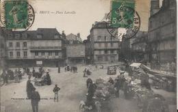 Carte Postale Ancienne De Brive La Place Latreille - Brive La Gaillarde