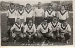 EQUIPE F.C. TOULOUSE 1947-1948 - CARTE PHOTO - Soccer