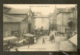 CP-MILLAU-AVEYRON - La Halle (Jour De Marché) - Millau