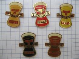 ALL IN A GLASS  Lot De 5 Pin's - Pin's