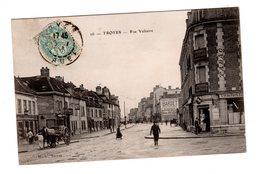 CPA 10 - Troyes - Rue Voltaire , Bien Animée, Café - Troyes