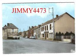 CPM Dentelées - Grande Rue De BONNAT En 1969 ( Arr. De Guéret )  23 Creuse - N° 1 - Scans Recto-Verso - Guéret