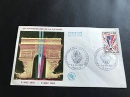 PREMIER JOUR - XXe Anniversaire De La Victoire 1945-1965 Timbrée - Marcophilie (Lettres)