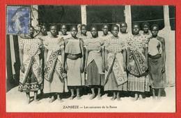 CPA AFRIQUE - ZAMBEZE - Les Suivantes De La Reine - Zambie