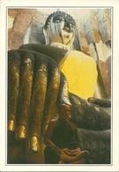 Sukhothai (Thailand) A Monk Meditating In Wat Sichum, Monaco In Meditazione - Tailandia