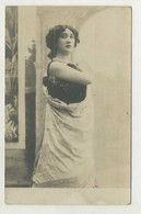 Woman, Lady, Donna, Mujer, Frauen  ( 2 Scans ) - Mujeres