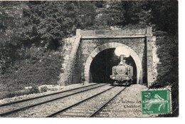 CHALIFERT : Train Qui Sort Du Tunnel - France