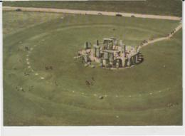 Postcard - Stonehenge, Wiltshire View From South - East -  Posted 29th June1977 Very Good - Cartes Postales
