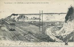Etaples - La Ligne Du Chemin De Fer Et La Carrière - Etaples
