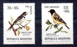 Serie De Argentina N ºYvert 968/69 ** Pajaros (BIRDS) - Unused Stamps