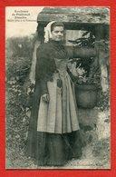 CPA 56 - Environs De Ploërmel Josselin - Jeune Fille à La Fontaine - Josselin