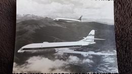 CPSM AVION AV 75 DEUX REACTEURS MOYENS COUURRIERS CARAVELLE SUD EST AVIATION SURVOLANT PYRENEES   BORDS COUPES - 1946-....: Era Moderna