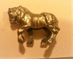 Kinder  Cheval - Metal Figurines