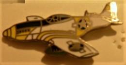 Pin's  Avion De Guerre - Avions