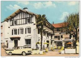 """HO 9 - (65)  CAPVERN LES BAINS -  HOTEL  """"LE CHALET BASQUE"""" -   SIMCA VEDETTE CHAMBORD - CARTE COULEURS -  2 SCANS - Autres Communes"""